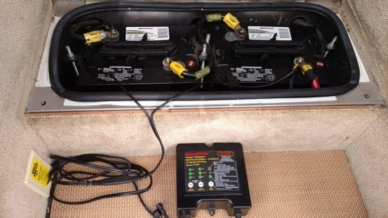 how to charge rv battery while driving-0